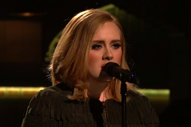 Adele SNL Look