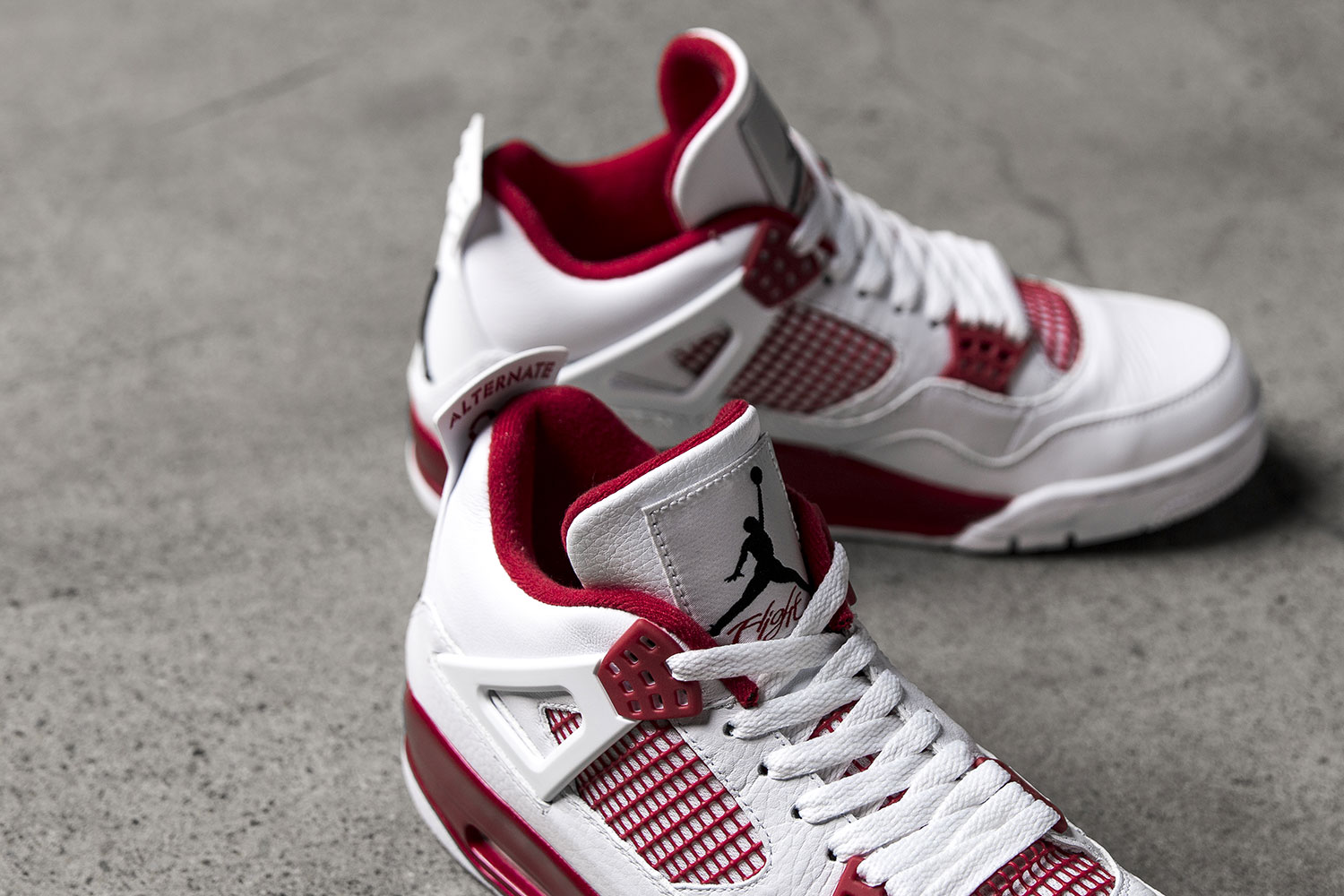 "sale retailer 229a6 3b6a7 Having said that, we are going to take a look of the Air Jordan 4 Retro ""Alternate  89."" The awaited premium comes with white tumbled leather, along with gym  ..."